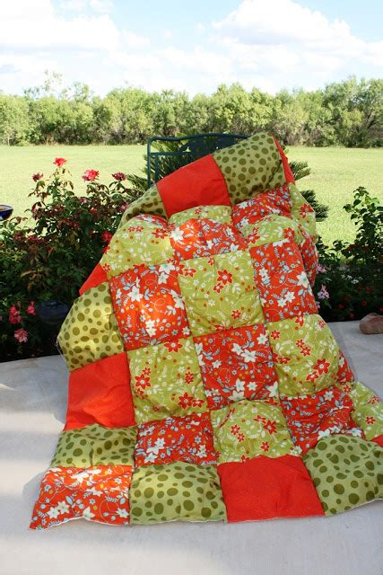 How To Make A Puff Quilt by Puff Quilt Comforter Tutorial