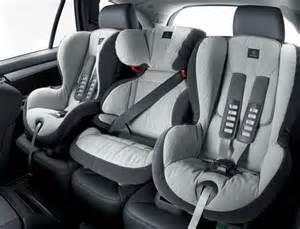siege auto pour enfants tout savoir sur les si 232 ges auto pour enfants