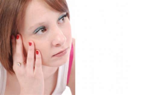 mal di testa da mestruazioni quando la pillola fa venire il mal di testa sindrome