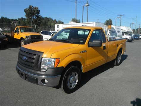 file 2009 ford f 150 xlt regular cab jpg wikimedia commons 2009 ford f 150 regular cab xl long bed 2wd outside cowichan valley cowichan mobile