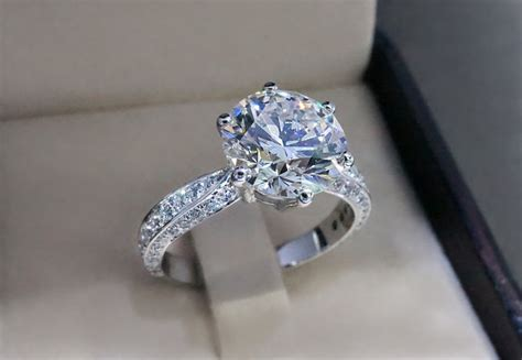 why you shouldn t choose a white gold engagement ring