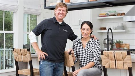 chip and joanna chip and joanna gaines fixer season finale brings