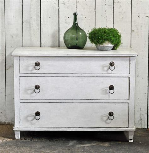 antique hand painted chest of drawers vintage chest of three drawers hand painted in antique white