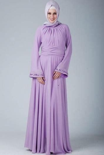 With traditional merengue dress also twin set simona barbieri dress