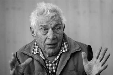 libro portraits john berger on perch 233 john berger 232 stato un insuperabile padre letterario rivista studio