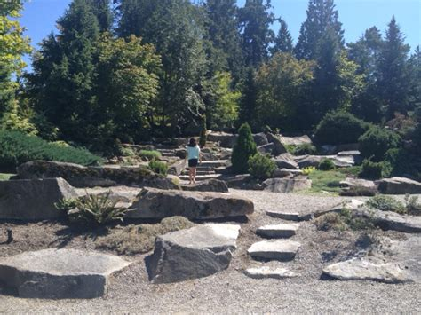 Explore An Urban Refuge In The Heart Of Bellevue Rock Garden Seattle