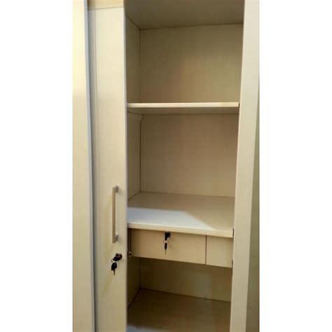 Lemari Pakaian Pintu 2 lemari pakaian pintu geser 2 pintu warna putih terbuka