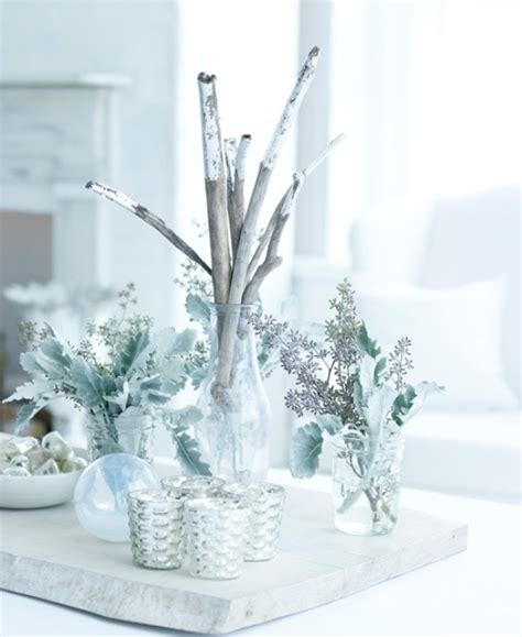 17 white and silver christmas decorations creating a snow fairytale digsdigs