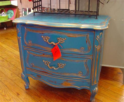 How To Antique Painted Furniture by Antique Green Painted Furniture Images