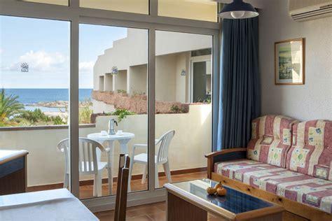 formentera appartamenti sulla spiaggia appartamenti a es pujols offrono vacanze sulla spiaggia