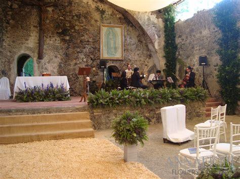 arreglos florales para confirmacion en iglesias decoraci 243 n de bodas vintage annafiori