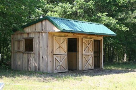 horse barn designs 25 best ideas about small barns on pinterest small
