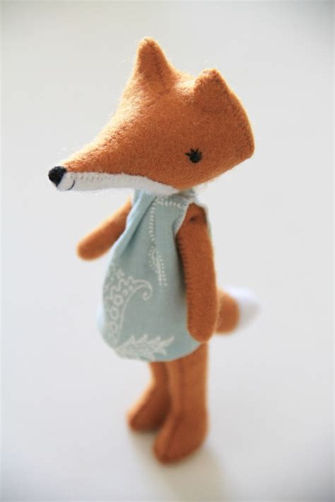 Handmade Fox - well hello foxy niche nook