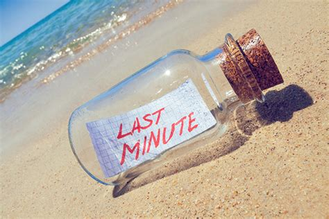 Cruise Seal The Deal With A 3 Minute by Last Minute Cruising 9 Tips For Getting A Deal Cruise