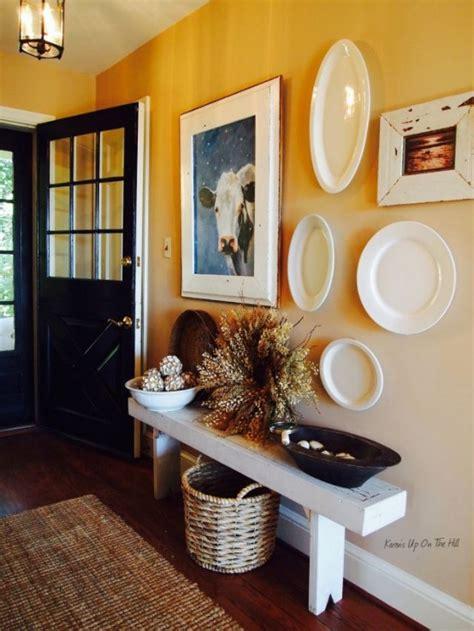 entryway decor 27 cozy and simple farmhouse entryway d 233 cor ideas digsdigs