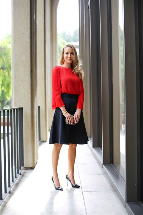 what to wear to your office holiday party memorandum