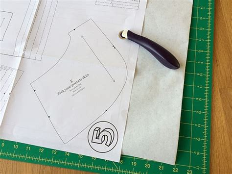 tracing pattern onto fabric 1000 images about learn to sew on pinterest cotton