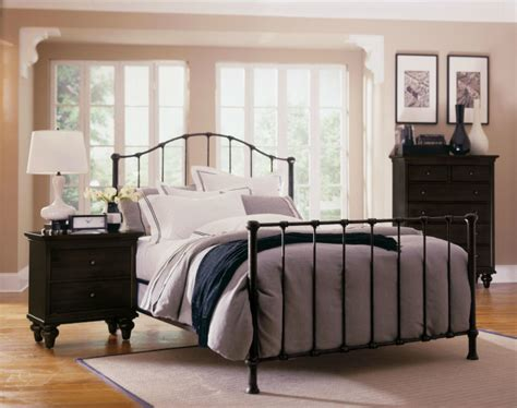 Wrought Iron And Wood Bedroom Sets by Bedroom Choosing Your Wrought Iron Bedroom Set White