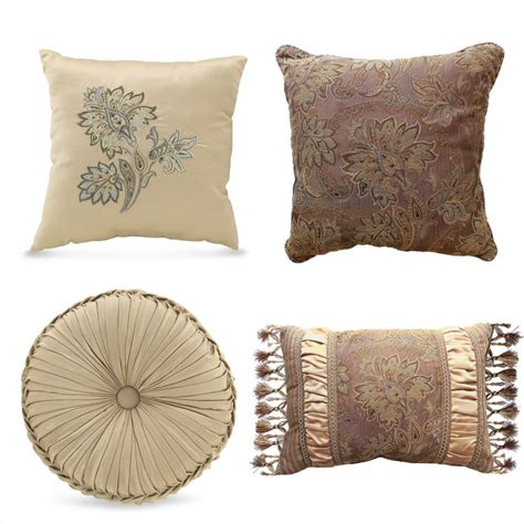 decorative pillows for modern home interiors