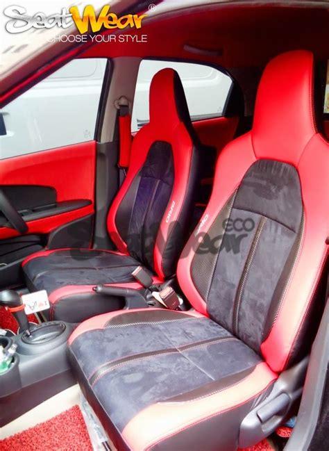 Monitor Di Jok Mobil seatwaer di honda kumala karawang seatwear adalah sarung jok mobil dengan desain yang stylish