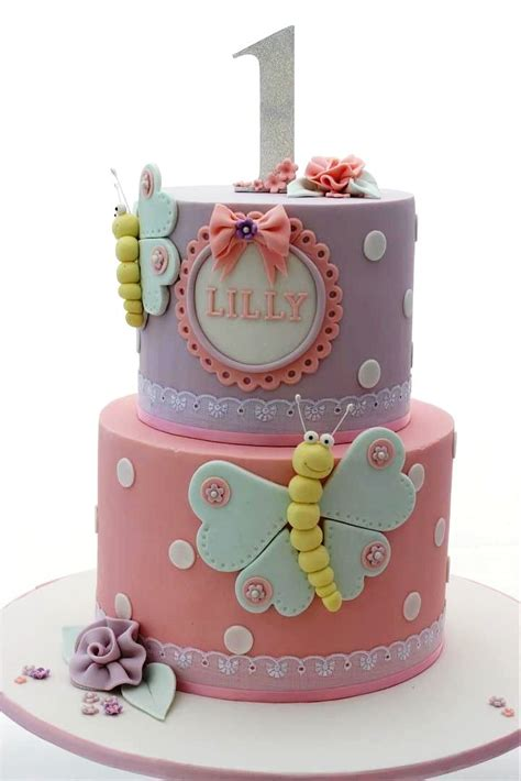 10 Butterfly Cakes To Make For Your Loved Ones!