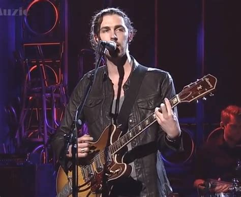 hozier on snl chatter busy hozier sings quot take me to church quot on quot snl
