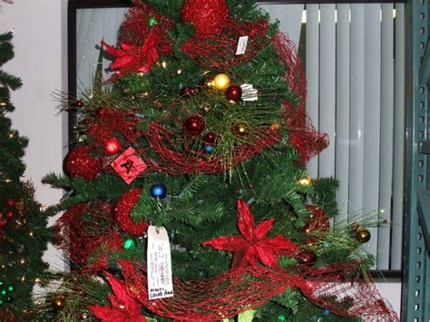 how much ribbon for a 7ft tree tip of the day how much ribbon do you need to decorate a tree shinoda design center