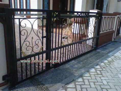 jual pintu besi,pintu dorong,pintu gerbang,pagar,rumah