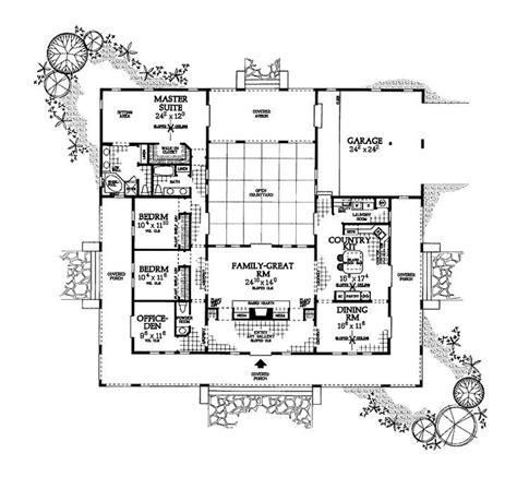 us homes floor plans best 25 u shaped houses ideas on u shaped
