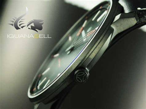momo design essenziale helmet momo design essenziale sport quartz watch stainless steel
