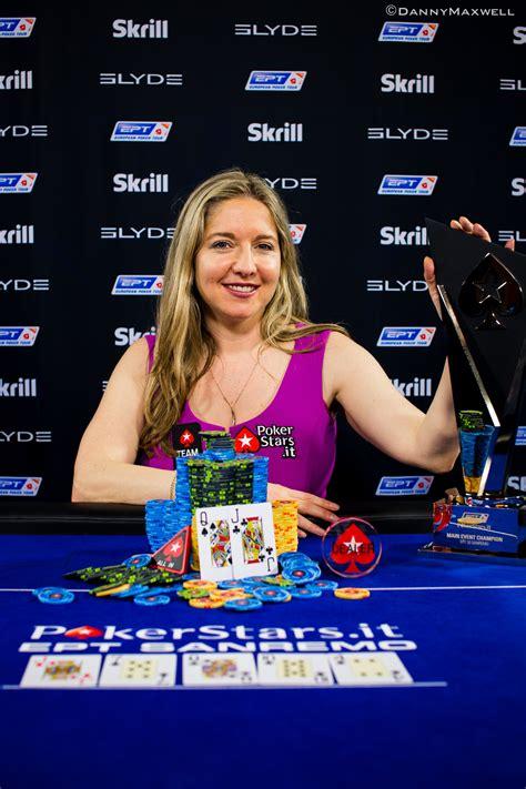 victoria coren mitchell wins  british poker awards pokernews