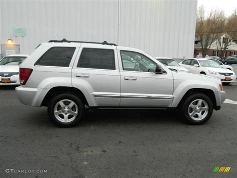 silver jeep grand cherokee 2005 jeep grand cherokee silver 200 interior and