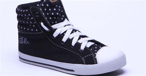 Sepatu All Saat Ini foto gambar model sepatu sekolah terbaru saat ini model