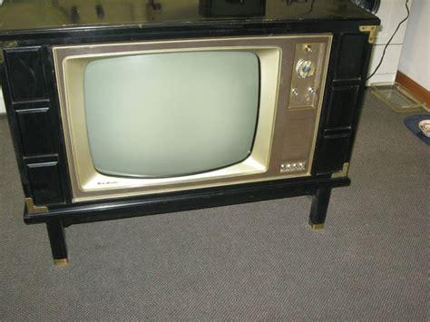rca cabinet tv vintage rca victor new vista tv w modern cabinet