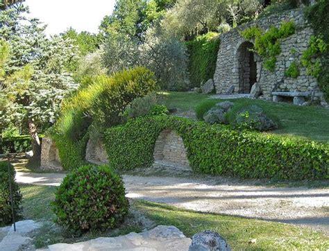 cousin cousine the garden of le clos pascal la dolce