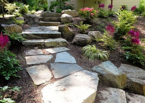 Backyard Stepping Stones by 37 Magnificent Backyard Step Ideas