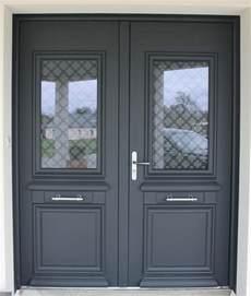 installation d une porte d entr 233 e en aluminium gris