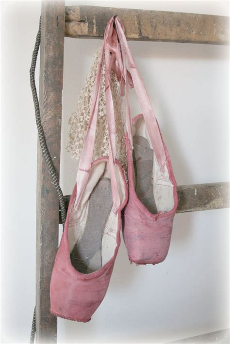 ballet toe shoes 1000 images about ballet shoes on pointe
