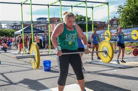 lurong living challenge lurong summer living challenge crossfit 405
