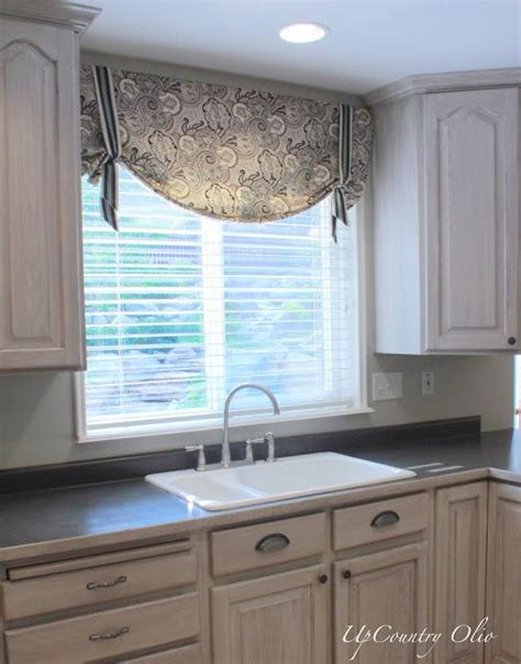 kitchen sink window treatments best 25 kitchen window curtains ideas on