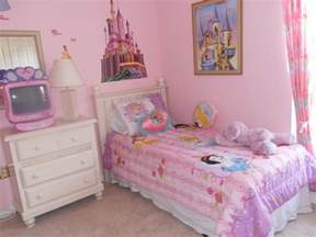 Decorating Ideas For Girls Bedrooms by Little Girls Bedroom Little Girls Room Decorating Ideas