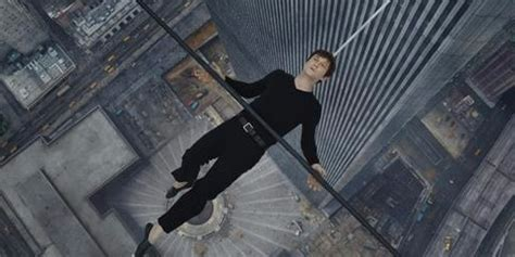twin towers walk movie the walk joseph gordon levitt learns to high wire walk