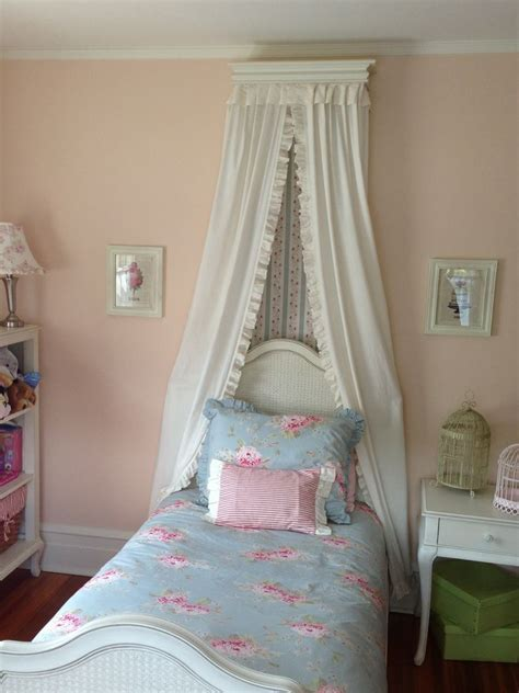 shabby chic girls bedroom little girl s shabby chic bedroom shabby chic pinterest