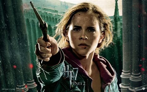 Emma Watson And Harry Potter | emma watson in harry potter and the deathly hallows part 2