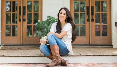 joanna gaines joanna gaines leaving fixer hgtv sets the record