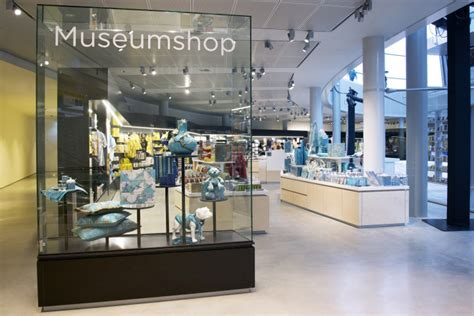 museum amsterdam shop retail design blog van gogh museum shop by day