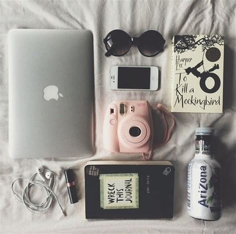 8 Pretty White Accessories by Photography Pretty Beautiful Iphone Summer