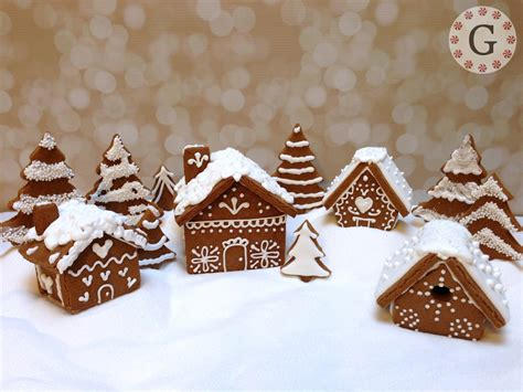 mini gingerbread house cutter quot bird house quot the