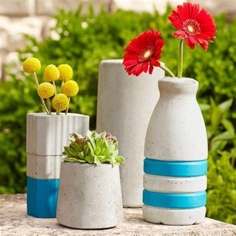 Make A Vase Into A L by Diy Concrete Flower Vase Daily Magazine Design