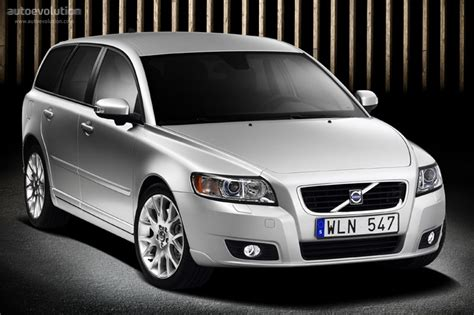 how cars work for dummies 2011 volvo v50 interior lighting volvo v50 specs 2007 2008 2009 2010 2011 autoevolution